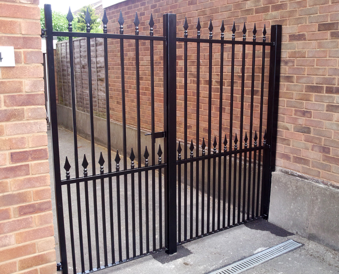 Iron Gates, Bespoke Iron Gates In The Midlands