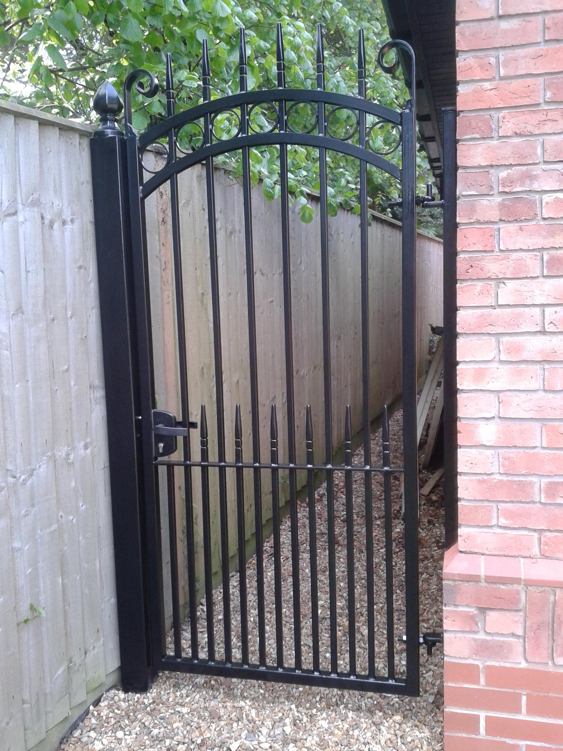 Iron Gates, Bespoke Iron Gates in the Midlands | Iron Design on Iron Get Design  id=21580
