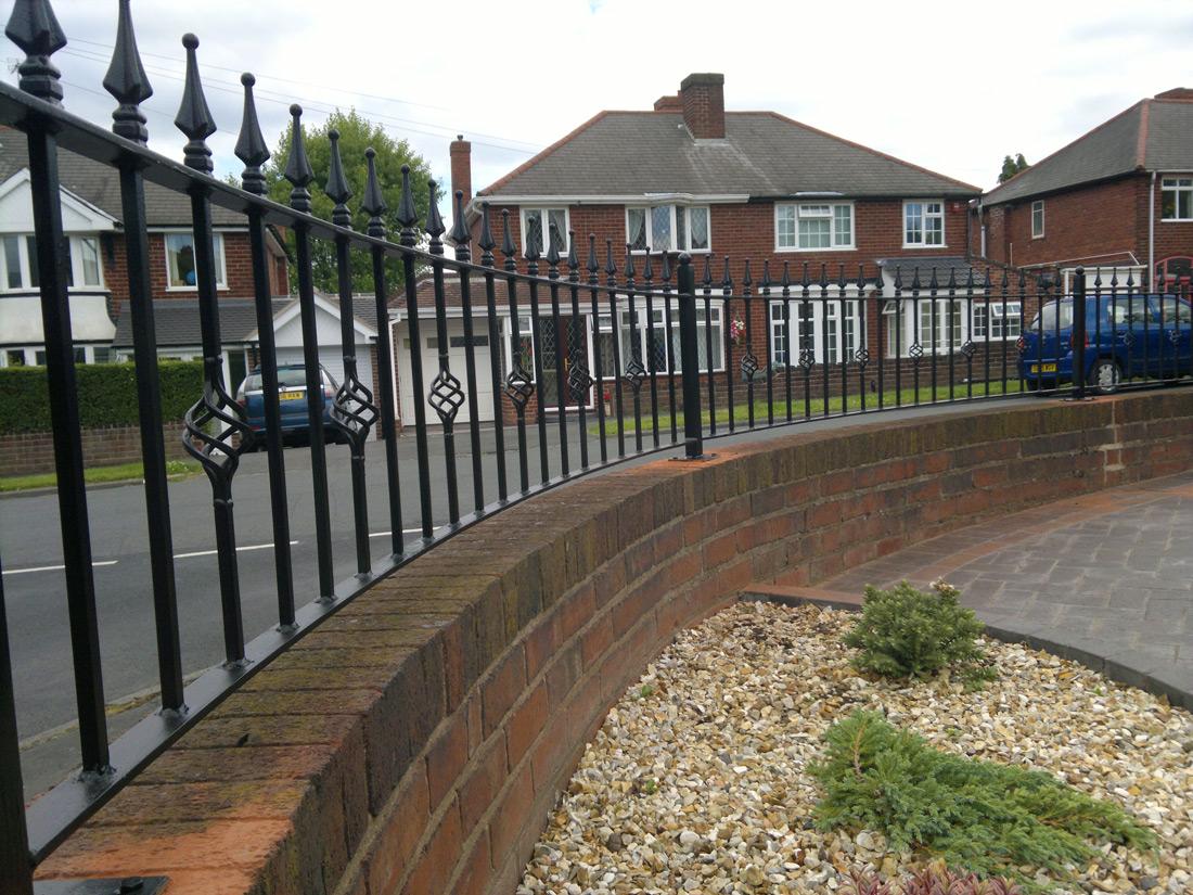 Iron Railing, Bespoke Iron Railings In Midlands